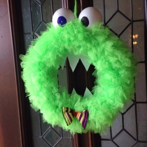 henry the monster wreath