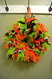googly eye monster wreath