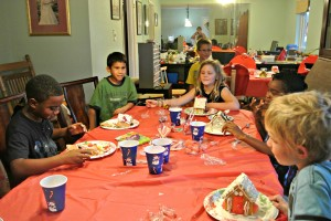gingerbread house holiday christmas party kid activities