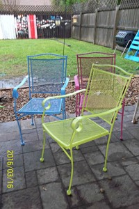 diy rust-oleum paint my life such as it is patio chairs project